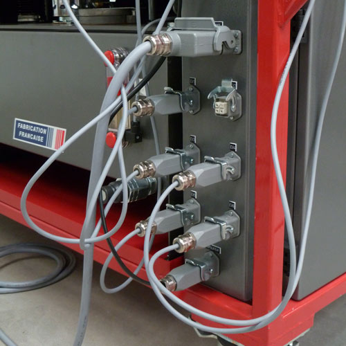 Raccordements électriques avec prises harting