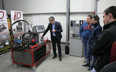 Hydraulic technologies are booming but underestimated challenges jeopardize manufacturers