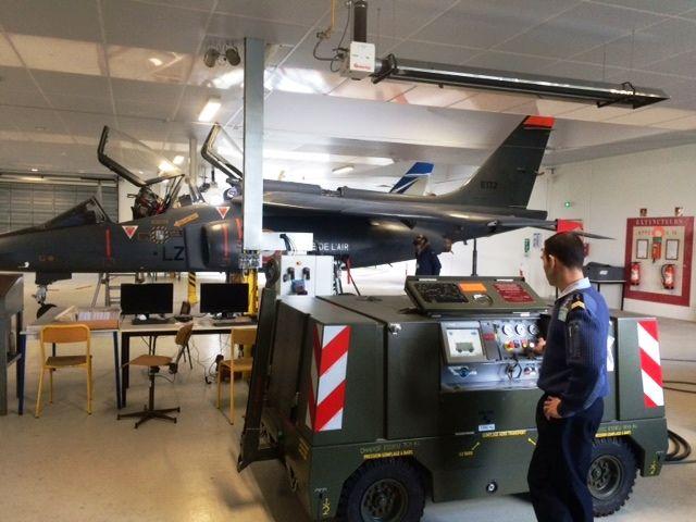Utilisation pédagogique d'un avion militaire déclassés instruction